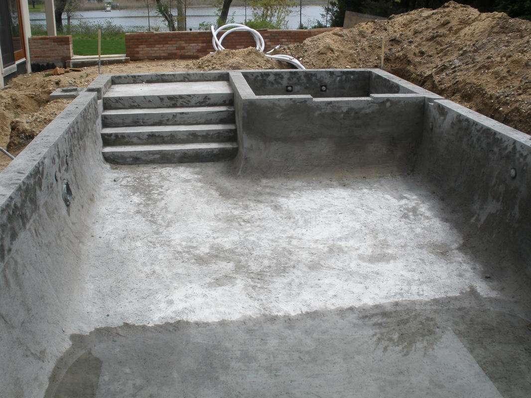 Construção de Piscinas de Alvenaria, concreto, em Atibaia