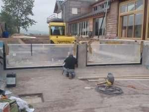 Construção de Piscinas com Bordas de Vidros em Atibaia