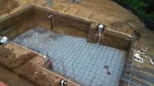 Construção de piscinas de concreto alvenaria