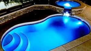 Projeto e Instalação de piscinas de Fibra de Vidro