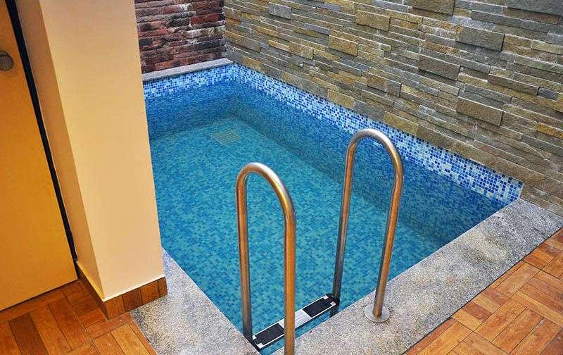 Constru o de spa em alvenaria atibaia piscinas - Beach resort in chennai with swimming pool ...